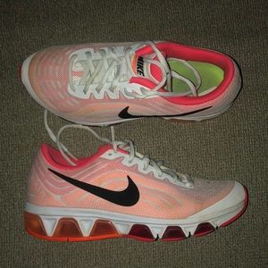 Nike Shoes - Women's Nike's